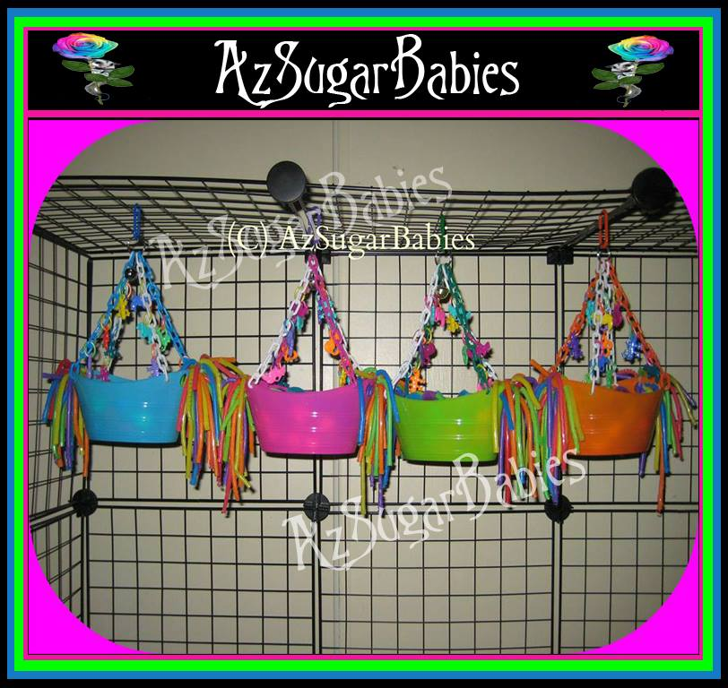 Colorful ball boats! Ball pit, with charms and straws